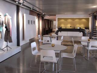 Mexx showroom :  Kantoor- & winkelruimten door Bergblick interieurarchitectuur