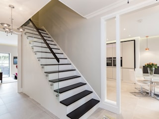 Thames Ditton House Refurbishment de Model Projects Ltd Moderno Vidrio