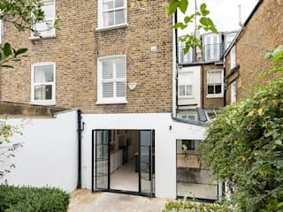 Jess & Hugo's Shepherd's Bush Renovation by Model Projects Ltd Classic