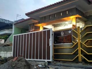 Renovasi Rumah Godean:   by Chans Architect