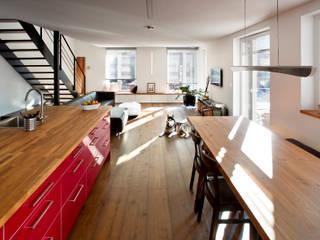 ห้องนั่งเล่น by Gira, Giersiepen GmbH & Co. KG