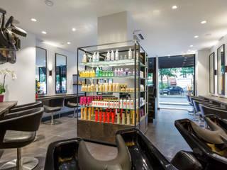 Salon de coiffure Salon 27 - Ile de France:  de style  par AD9 Agencement