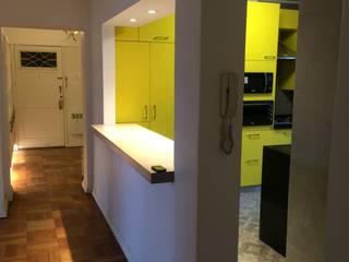 COCINA STA MARIA: Cocinas equipadas de estilo  por PICHARA + RIOS arquitectos