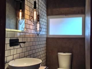 anarqhy anti - diseño Modern style bathrooms