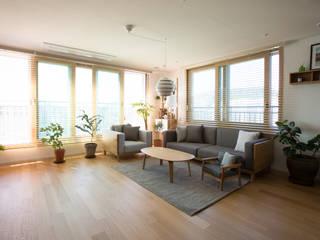 Living room by bomhousing, Modern