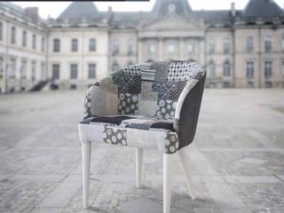 Avance del nuevo Catálogo Mesas y Sillas 2018, de Huertas Furniture de Huertas Furniture Moderno
