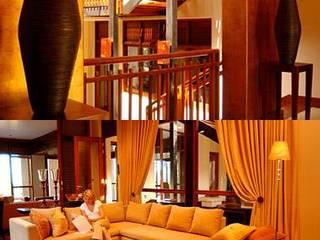 Zimbali Home. Kwa-Zulu-Natal:  Living room by Kiara Tiara by Tanja Tomaz, Minimalist