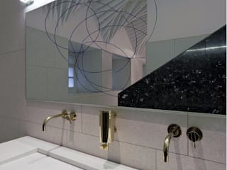 Case Study: V&A Museum, London BathroomsByDesign Retail Ltd Minimalist bathroom