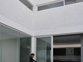 AWA arquitectos Modern Terrace Bricks White