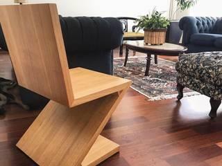 Living room by Pedro Aguiar Arquitetura + Obra, Rustic