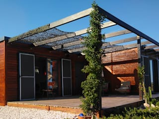 Holzhaus von Discovercasa | Casas de Madeira & Modulares, Modern Holz Holznachbildung
