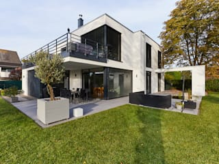 by STRICK Architekten + Ingenieure Modern