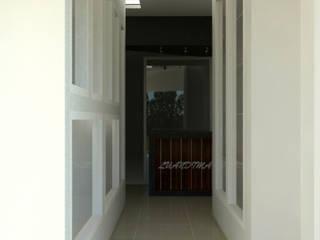 Local Textil Espacios comerciales de estilo minimalista de Mon Arquitectos Minimalista