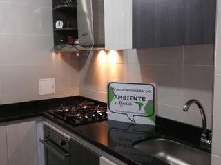 Cocinas integrales, personalizadas a tu gusto : Cocinas de estilo minimalista por Ambiente Records