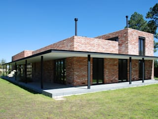 AWA arquitectos Country house Bricks Red
