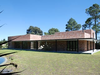 AWA arquitectos Villas Bricks Red