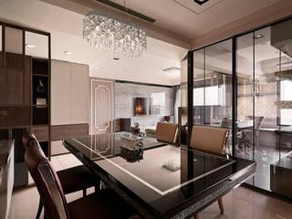 Classic style dining room by 芸匠室內裝修設計有限公司 Classic