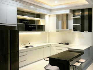 Cuisine minimaliste par Lighthouse Architect Indonesia Minimaliste