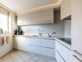 Modern kitchen by Aangenaam Interieuradvies Modern