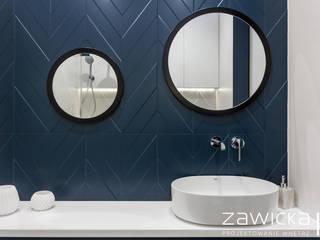 Dom pod Warszawą Nowoczesna łazienka od ZAWICKA-ID Projektowanie wnętrz Nowoczesny