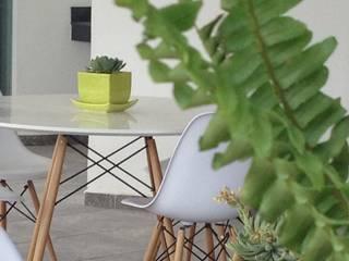 terraza: Terrazas de estilo  por Ambientes con Arte