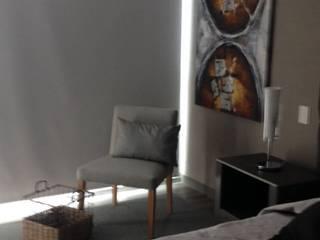 departamento ciudad de mexico: Recámaras de estilo  por Ambientes con Arte