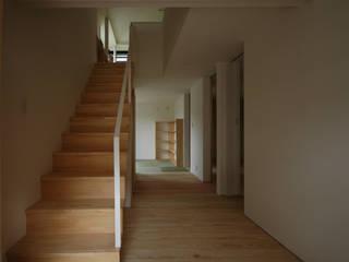 ほどよいいえ 和風の 玄関&廊下&階段 の FORMA建築研究室 和風