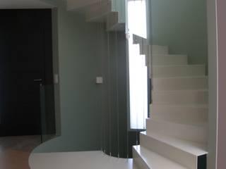 FRAMASA- Dyov Studio  653773806: minimalist tarz , Minimalist