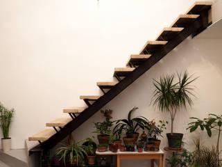 Escalier en Matériaux de Récupération par Artiste Sculpteur Moderne