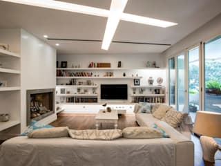 Living room by studioQ,