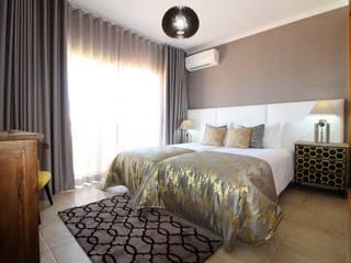 Atelier Ana Leonor Rocha Eclectic style bedroom