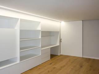 ESTUDIO BAO ARQUITECTURA Study/office Wood White