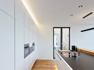 Philip Kistner Fotografie Modern kitchen White