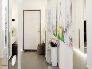 mlynchyk interiors Pasillos, vestíbulos y escaleras de estilo minimalista Blanco