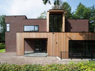 Moderne woning in Apeldoorn van Architectenbureau Atelier3 Modern
