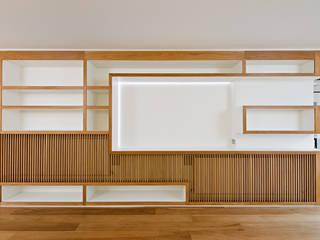 Phòng khách theo Kuche Design,