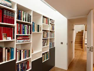 Phòng học/Văn phòng theo Kuche Design,