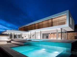 de CW Group - Luxury Villas Ibiza Moderno