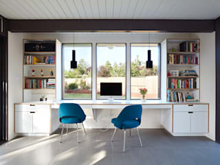 Mid-Mod Eichler Addition Remodel by Klopf Architecture: modern Study/office by Klopf Architecture