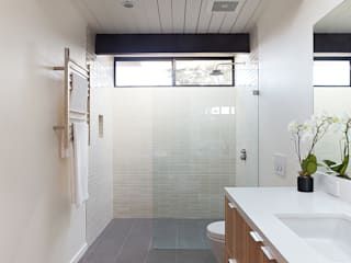 Klopf Architecture Modern style bathrooms