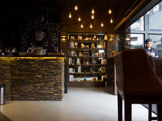 Toque de Café: Espaços gastronômicos  por Camila Tiveron Arquitetura