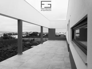 Moradia Santa Bárbara por Flávio Severino, Arquitecto