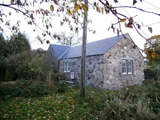 Old Pitgober Cottage - Dollar, Clackmannanshire Oleh dwell design Country