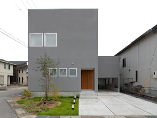 1.5階デッキのある家 オリジナルな 家 の ラブデザインホームズ/LOVE DESIGN HOMES オリジナル