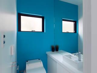 エクスチェンジハウス: ラブデザインホームズ/LOVE DESIGN HOMESが手掛けた浴室です。