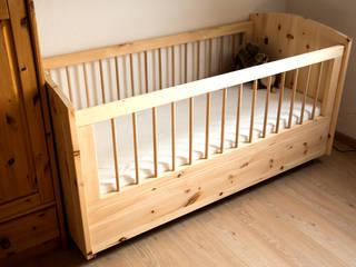 Kinderbett aus gesundheitsförderndem Zirbenholz:   von Möbelschreinerei Jürgen Burkhardt