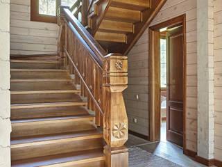 Лестница из дуба: Лестницы в . Автор – ODEL