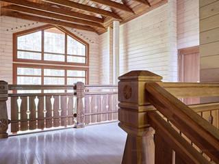 Балконное ограждение атриума в доме шале: Лестницы в . Автор – ODEL