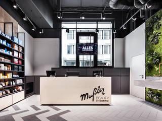 Mußler Beauty by Notino Moderne Geschäftsräume & Stores von DITTEL ARCHITEKTEN GMBH Modern