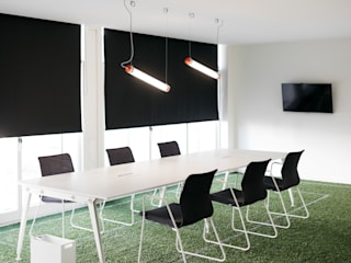 Escritórios de empresário de Futebol| Braga por IC interiores Moderno
